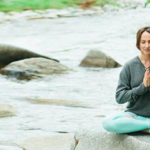 Keri-Gonzato-Green-Yoga